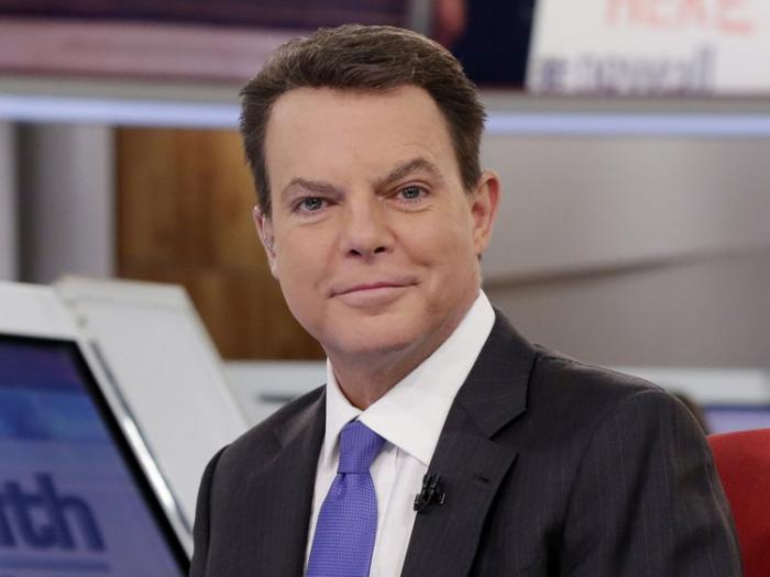 """Shepard Smith appears on The Fox News Deck before his """"Shepard Smith Reporting"""" program on Jan. 30, 2017, in New York."""